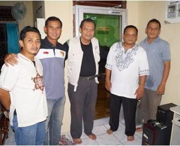 Foto bersama di Kantor RPU Bukit Barisan Selatan